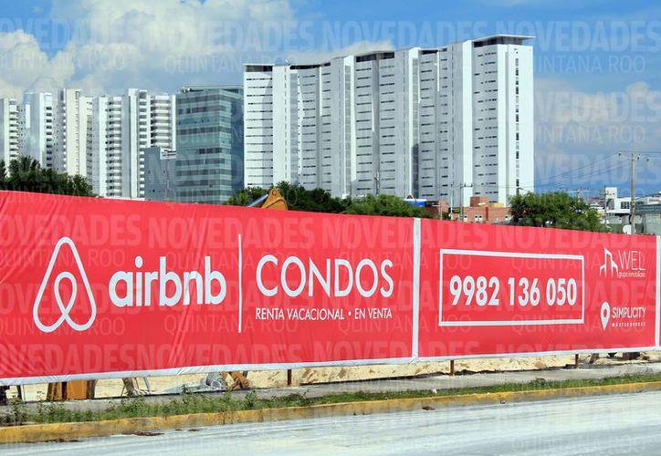 La renta de departamentos a través de la plataforma Airbnb está tomando auge en el centro de la ciudad. (Luis Soto/SIPSE)