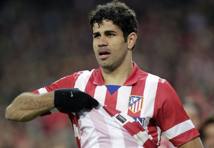 Diego Costa acaba de ser campeón de liga con el Atlético de Madrid, pero ahora meterá goles para el Chelsea. (EFE)