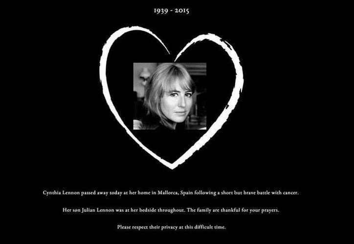 Imagen con la que Julian Lennon despedio a su madre y primera esposa del ex Beatle John Lennon, Cynthia Powell, quien falleció este miércoles 1 de abril de 2015. (Captura de pantalla)