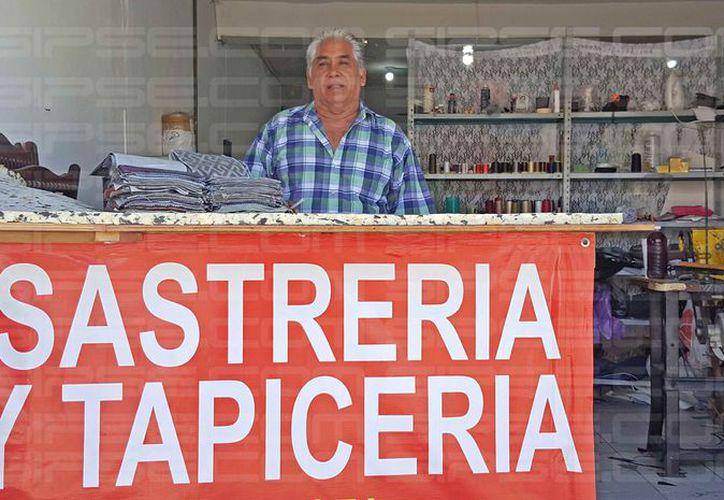 Danny Ramón Mendoza inició en este oficio a los 12 años de edad. (Jesús Tijerina/SIPSE)