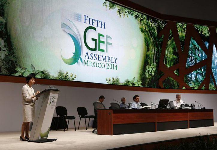 Inauguración de las mesas redondas del Fondo para el Medio Ambiente Mundial. (Israel Leal/SIPSE)