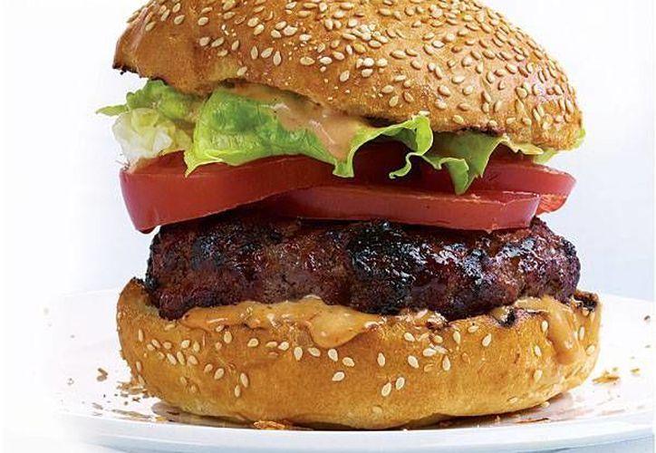 Quienes ya probaron la Frankenburger, afirman que su sabor no es exactamente como el de la carne vacuna. (Imagen de contexto/Internet)