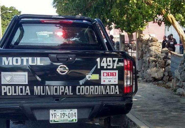 Elementos de la Policía municipal y paramédicos llegaron al lugar solo para confirmar la muerte de Ubaldo, de 52 años de edad. (Milenio Novedades)