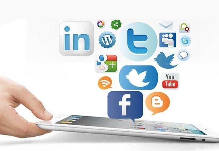 La creciente participación de la población en la red digital ha provocado que las marcas se vean obligadas a desarrollar una estrategia social dentro de sus empresas. (Internet)