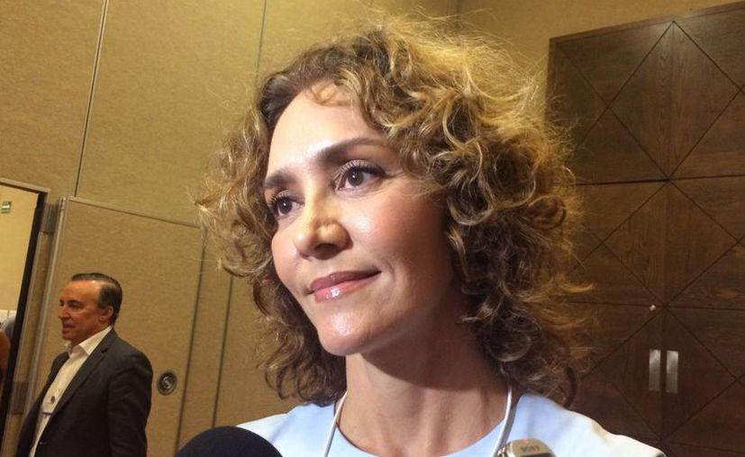Angélica Fuentes recurrió al gobierno de Texas por su propia seguridad y la de sus hijas. En la foto, en el Foro Económico Mundial sobre América Latina (WEF Latam), en la Riviera Maya. (Notimex)