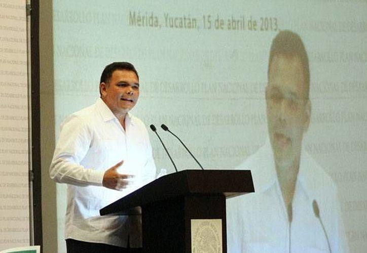 Ayer, el Gobernador inauguró el Foro de Consulta Estatal del Plan Nacional de Desarrollo 2013-2018. (Cortesía)