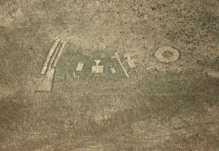 Fotografía de los goeglifos en el desierto de Atacama, en el norte de Chile. (EFE)