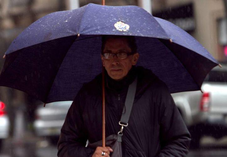 Este jueves se presentaron lluvias en algunas zonas de la Ciudad de México. (Notimex)