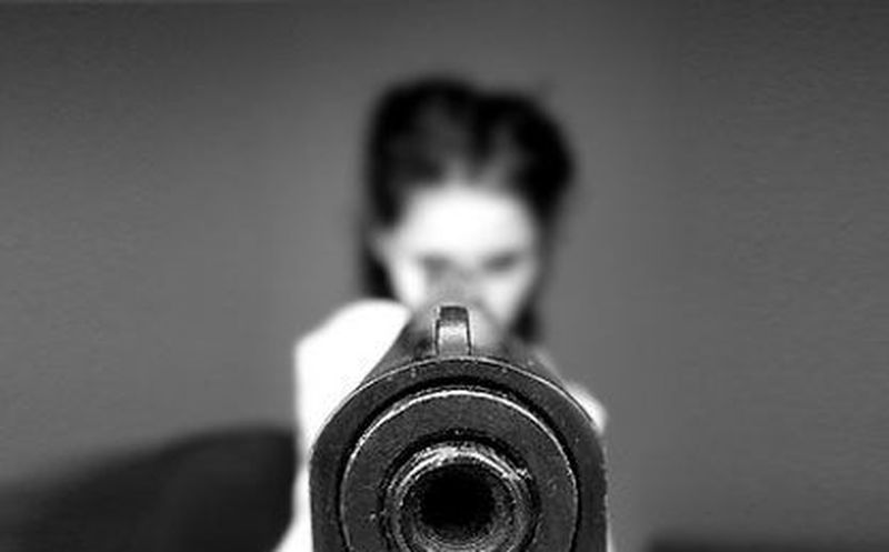 Joven mató a su pareja mientras grababan peligroso viral para Youtube