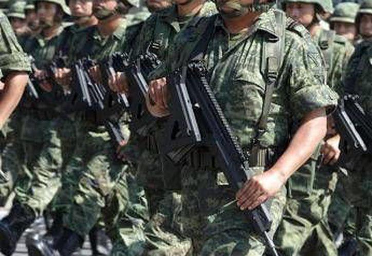 Además de las 29 personas liberadas por el Ejército, dos vehículos fueron asegurados. (Agencias/Foto de contexto)