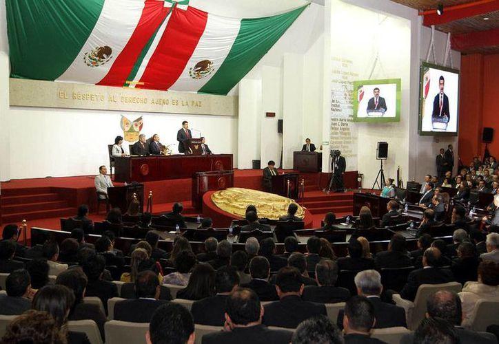 El Congreso del Estado de Hidalgo tiene en sus manos el futuro de la regidora del Ayuntamiento de Molango de Escamilla, quien presuntamente agredió a una secretaria. (Imagen de contexto/hidalgo.gob.mx)