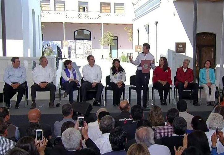 Peña Nieto inauguró el Museo Regional de Cholula, en el estado de Puebla. (Twitter.com/@EPN)