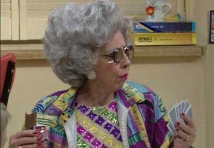 Ann Morgan personificó a La Abuela Yetta en la famosa serie de los 90's, La Niñera. (www.comedycentral.la)