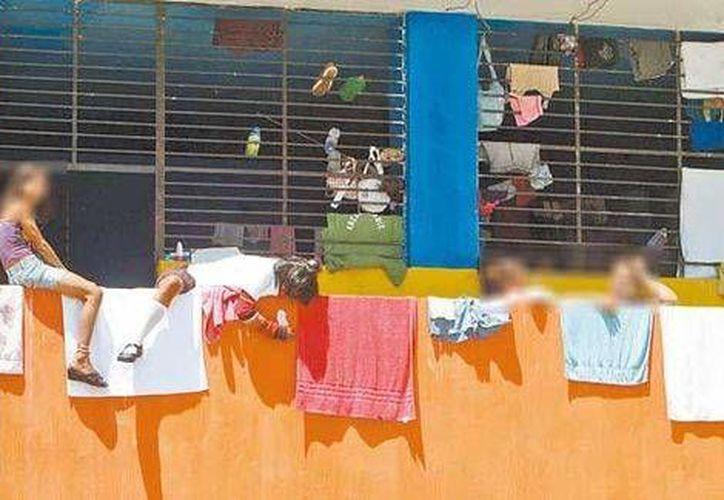 Los cientos de niños rescatados del albergue La Gran Familia, en Zamora, poco a poco han sido reubicados en lugares donde puedan tener una mejor calidad de vida. (Milenio)(