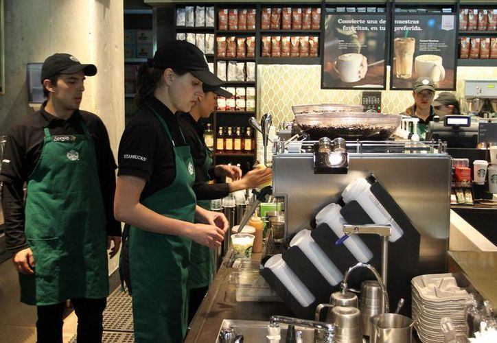 Starbucks, cuya sede se encuentra en Seattle, Washington, asegura que la demanda por fraude en su contra le causará un 'daño sustancial'. (EFE)