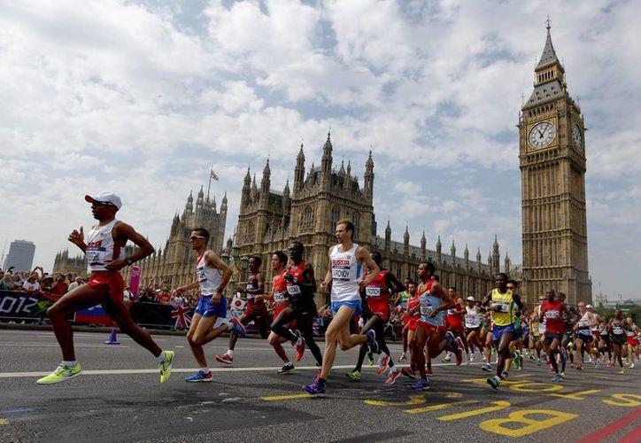 Se contempla de participación de 36 mil corredores en Londres. (Foto: EFE)