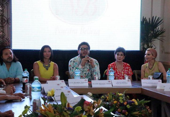 Este miércoles Nuestra Belleza Yucatán presentó al equipo de colaboradores especializados para la gestión 2016- 2017. (José Acosta/ Milenio Novedades)