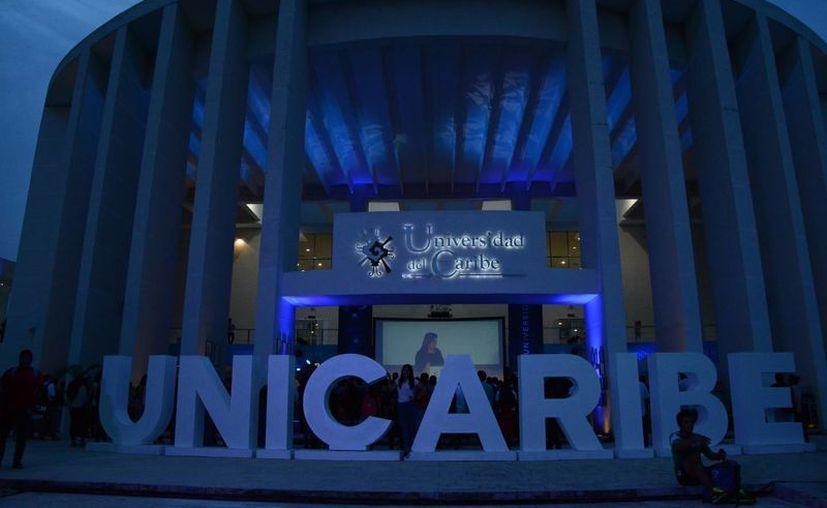 La Universidad del Caribe actualmente tiene una matrícula de cerca de tres mil estudiantes. (Victoria González/SIPSE)