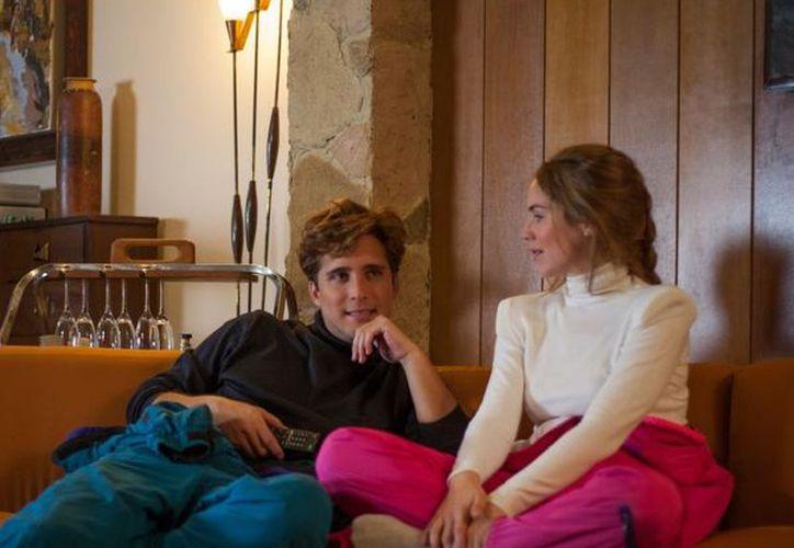 En la serie de Netflix  se deja ver el remande entre Luis Miguel e Issabel Camil. (Foto: Netflix)