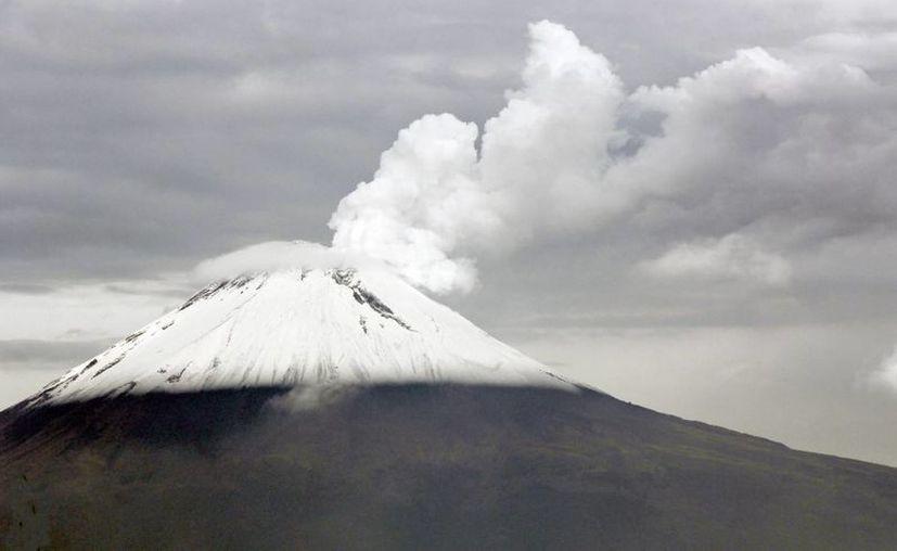 El semáforo de alerta por el volcán Popocatépetl permanece en Amarillo Fase dos. (Notimex)