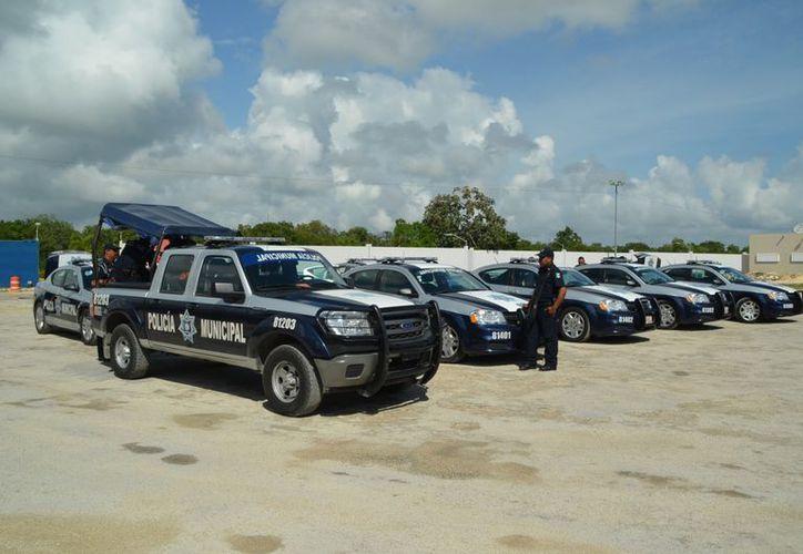 Anuncian que entregarán 25 patrullas más en este mes en Solidaridad. (Yenny Gaona/SIPSE)