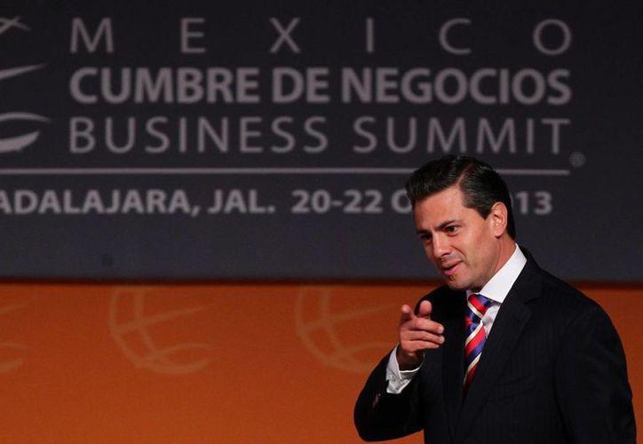 Peña Nieto dijo sentirse honrado con la distinción que le otorga la fundación 'Appeal to Conscience'. El premio le será entregado en septiembre próximo en Nueva York. (EFE/Archivo)