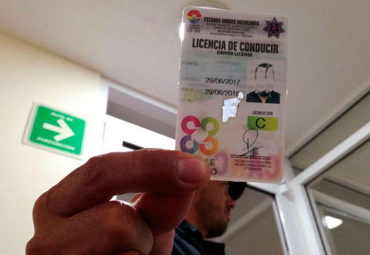 Será obligatorio cotejar datos con Plataforma México antes de expedir una licencia. (Israel Leal/SIPSE)