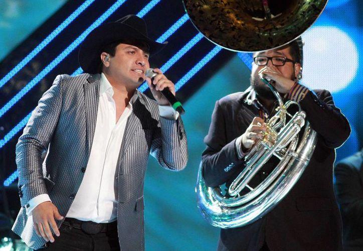 Julión Álvarez ofrecerá un concierto gratuito en Mazatlán para agradecer a sus seguidores el apoyo que le han brindado. (Notimex)