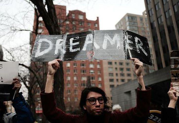 El Senado votó a favor de avanzar una propuesta presupuestaria para reabrir la administración federal y con ello, la legislación en apoyo a 'dreamers'. (Contexto/Internet)