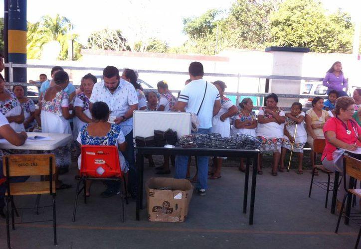 Este fin de semana inició la Semana Nacional de Salud 2016 en la zona maya de Q. Roo y  concluirá el próximo viernes. (Ángel Castilla/SIPSE)