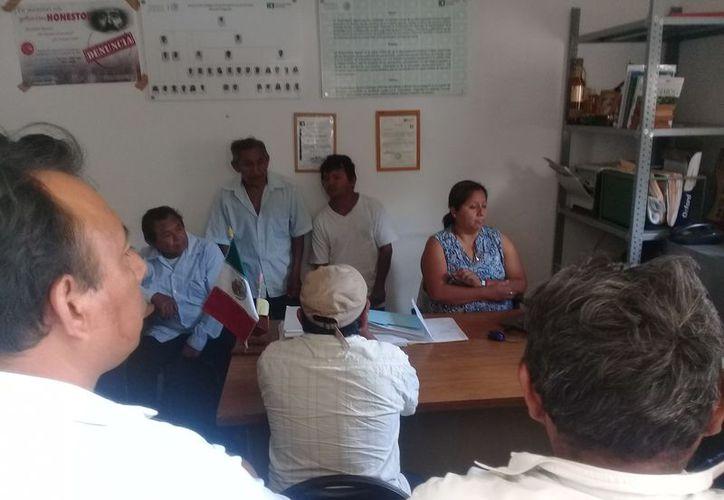 Se llevó a cabo una reunión en las oficinas de la Procuraduría Agraria. (Raúl Balam/SIPSE)