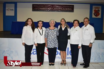 Entrega de Certificados Cambridge a alumnos de La Salle Cancún