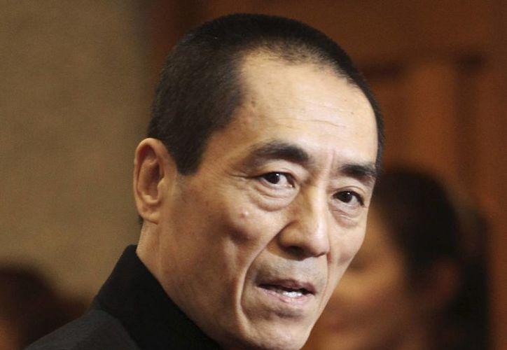 El cineasta chino Zhang Yimou se disculpó en diciembre por tener tres hijos y dijo que aceptaría el castigo. (Agencias)