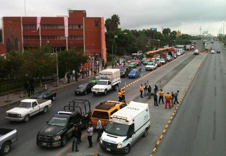 La llegada de un corazón a la Unidad Médica de Alta Especialidad 34 afectó el tráfico. (Milenio)