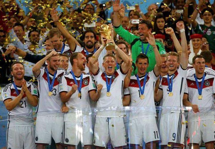 La Copa Mundial de 2026, que aún no tiene sede oficial, se jugará con un nuevo formato de 48 selecciones.(Archivo/AP)