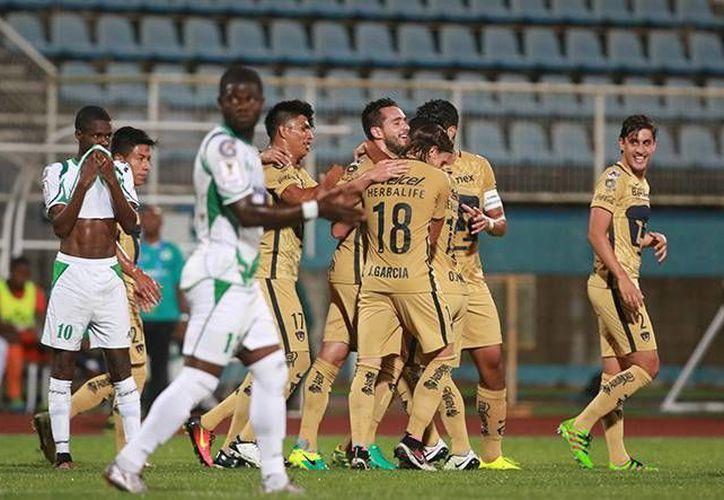 Los jóvenes auriazules sumaron sus primeras tres unidades en el torneo de la Concacaf. Pumas sigue invicto bajo el mando de Palencia.(Foto tomada de Facebook/Pumas MX)