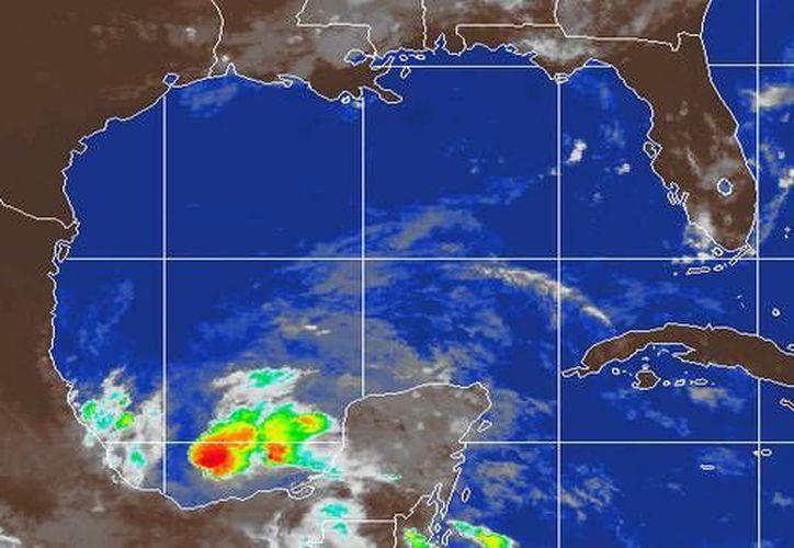 La depresión tropical número 2 se encuentra en el Golfo de México a 145 kilómetros al nor-noreste de Coatzacoalcos, Veracruz. (Foto/Cortesía)