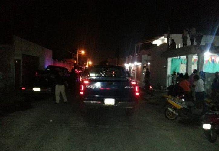 El martes por la noche las autoridades hicieron varios cateos en busca de pepino de mar.  (Manuel Pool/SIPSE)