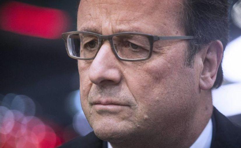 El presidente francés Francois Hollande emitió un mensaje a la República en el cual acentúa la persistencia de la amenaza terrorista sobre el país. (EFE)