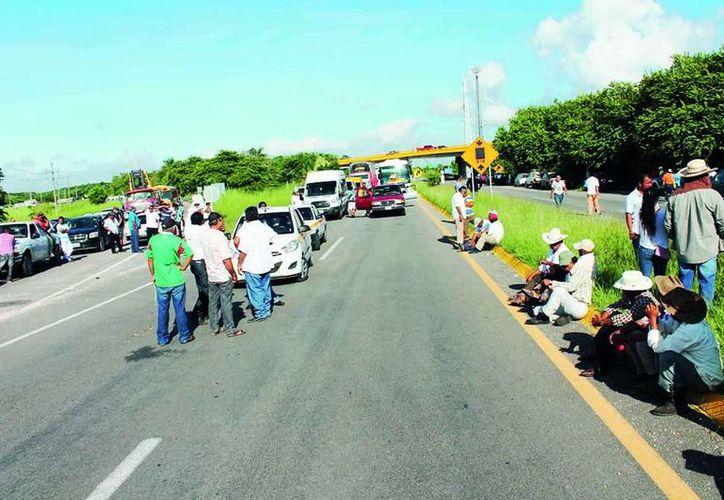 Noviembre fue el mes de las protestas y bloqueos carreteros en Chetumal. (Redacción/SIPSE)