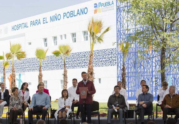 Imagen del presidente Enrique Peña Nieto en su discurso de apertura del  Hospital para el Niño Poblano. (presidencia.gob.mx)