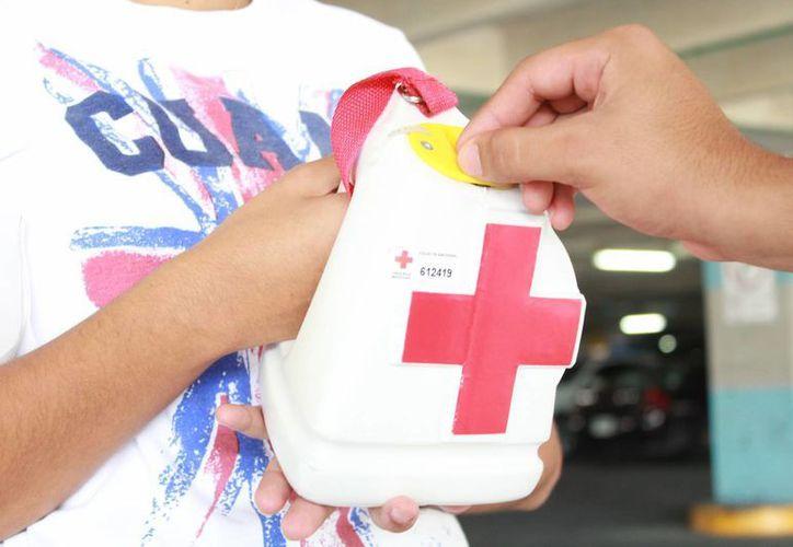 La colecta inició el pasado 7 de marzo en las instalaciones de Cruz Roja. (Yajahira Valtierra/SIPSE)