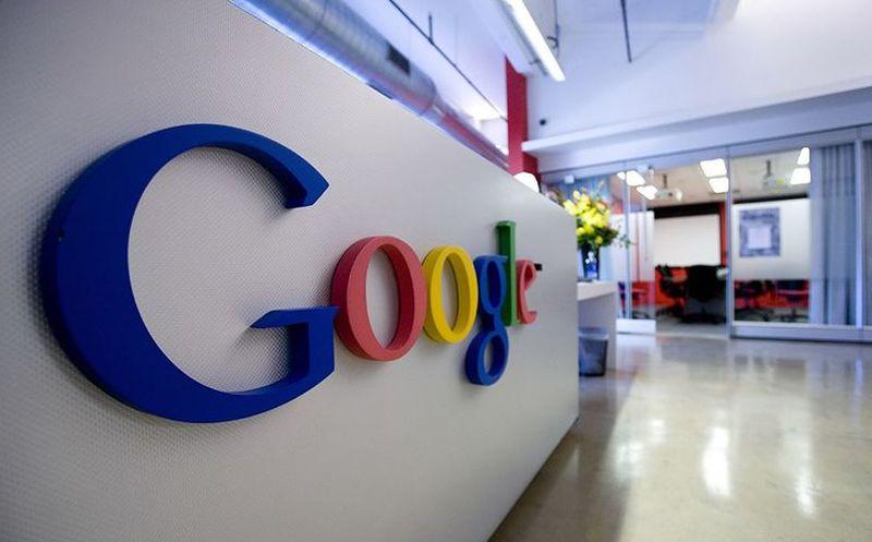 UE busca ayuda de expertos antimonopolio en caso contra Alphabet sobre Android