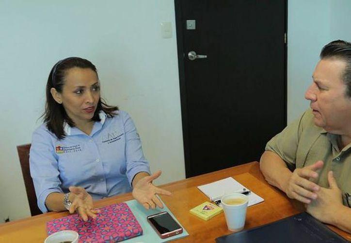 La directora general de la CAPA, Paula González Cetina se reunió con el titular de la Conagua, José Luis Blanco Pajón. (Redacción/SIPSE)