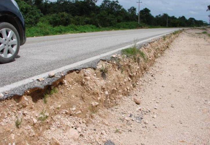 El camino de seis kilómetros fue destruido en la administración pasada. (Manuel Salazar/SIPSE)
