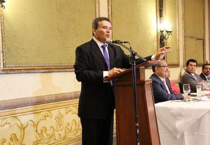 Las secciones regionales del SNTE reconocieron la labor de Juan Díaz de la Torre al frente del magisterio. (snte.org.mx)