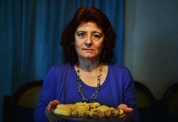 """Hilda Abou–Kassam de Slaimen recomienda que durante la comida  """"Evitemos las discusiones y los pleitos y enfocar toda conversación a temas agradables y de provecho"""". (Luis Pérez)"""