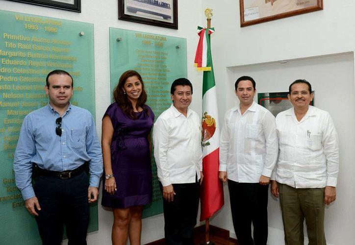 Los integrantes de la Comisión de Planeación y Desarrollo Económico, presidida por el diputado Jesús Pool Moo. (Archivo/SIPSE)