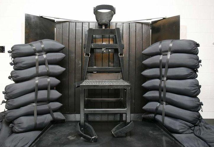 Foto de archivo en la que se muestra la cámara de fusilamiento de la prisión estatal de Utah en Draper, Utah. (Agencias)