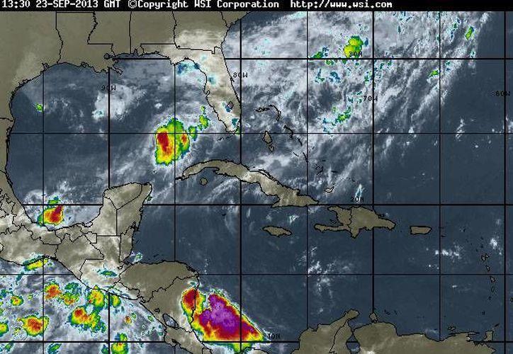 Pronostican cielo de medio nublado a nublado ocasional y una probabilidad de precipitación de 60%. (intellicast.com)